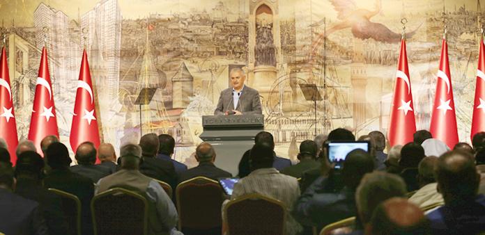 Başbakan Yıldırım: İİT'de sendika komitesinin oluşturulması için sorumluluk alacağız