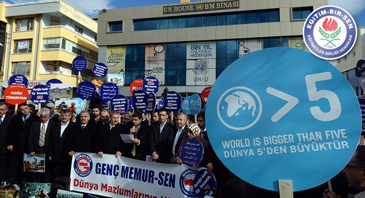 Genç Memur-Sen'den BM Önünde Protesto Eylemi