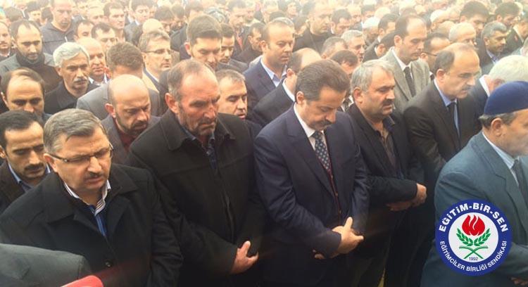 Gündoğdu, Hasan Etyemez'in Cenazesine Katıldı