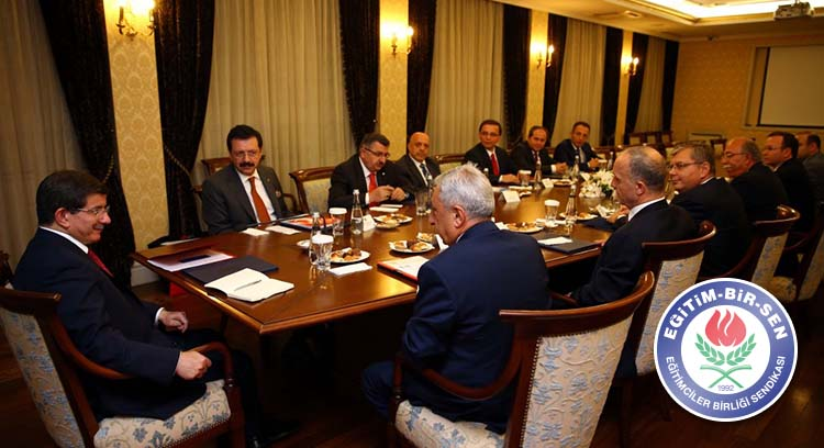 AB-KİK Üyeleri Başbakan Davutoğlu ile Görüştü
